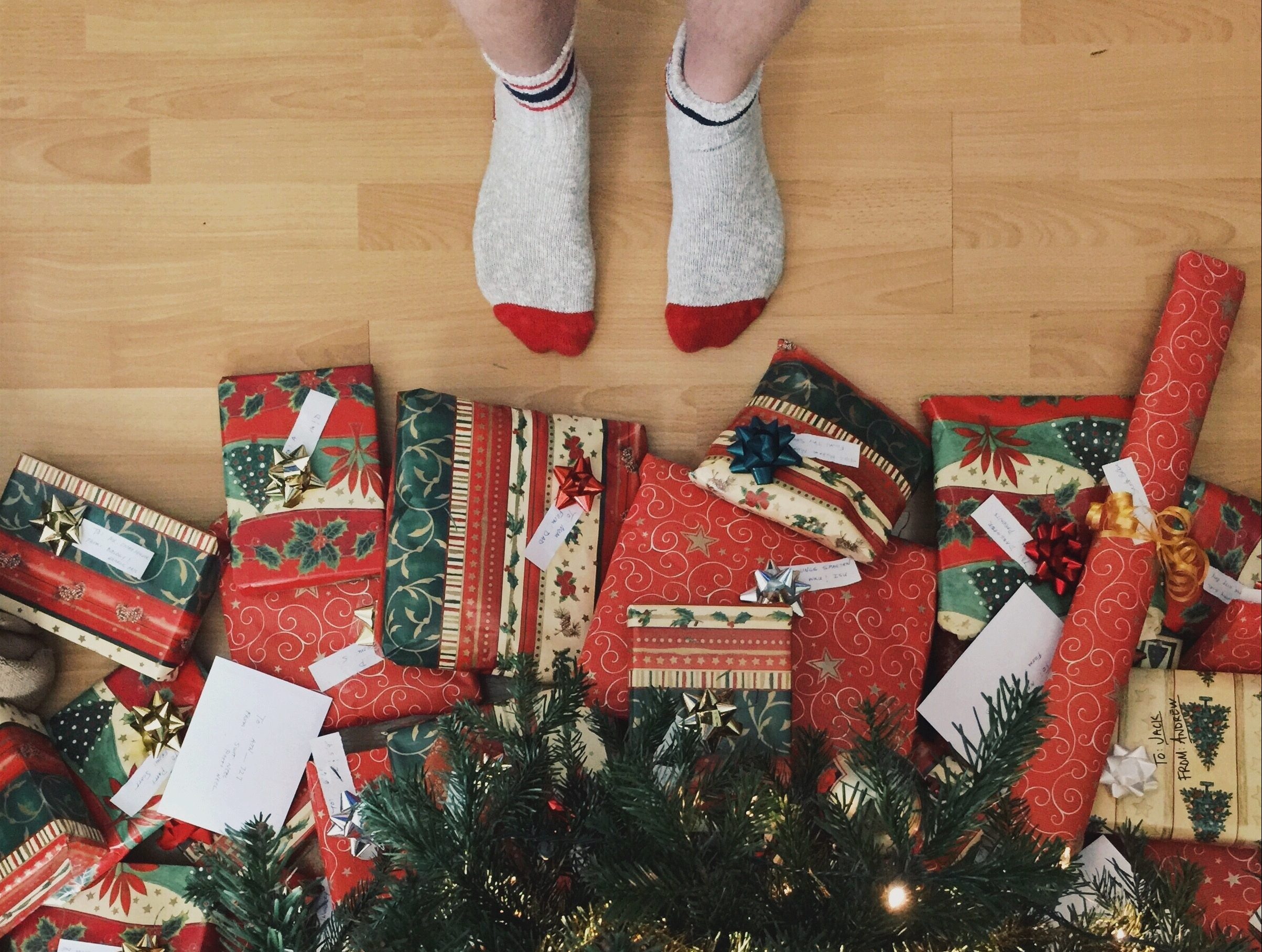 eco friendly christmas gifts waste landfill holidays
